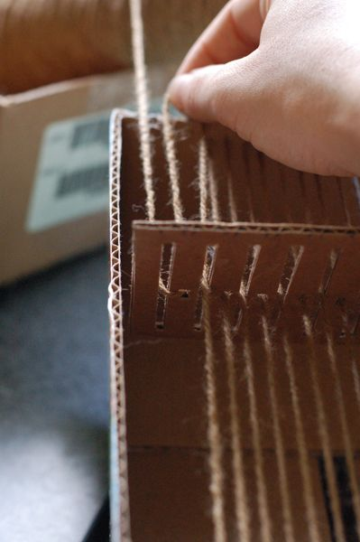 DIY how to make a cardboard box loom/ weaving