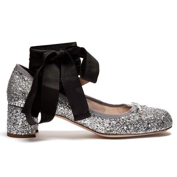 Miu Miu Glitter block-heel ballet pumps ($325) ❤ liked on Polyvore featuring shoes, pumps, miu miu, silver, ballet pumps, block-heel pumps, black round toe pumps, black ballet shoes and round toe pumps
