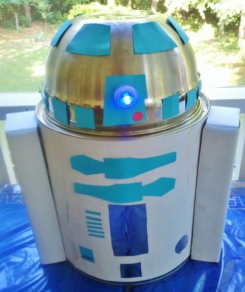 Kitchen Fun With My 3 Sons: R2D2 Craft...super easy!