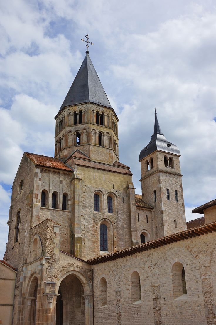 Enjoy a visit to Cluny Abbey which has been Europe's most influential monastery in the Middle Ages.