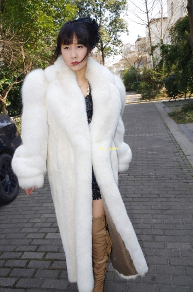 271 best Fur images on Pinterest | Furs, Fur fashion and Fur coats