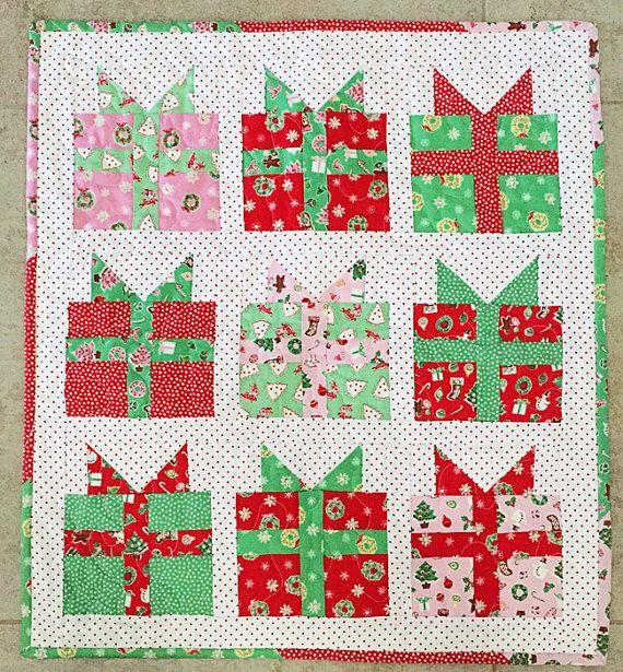 Fort Worth Fabric Studio: Christmas Present Mini Quilt