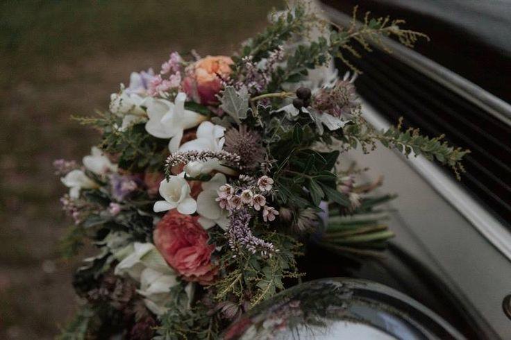 Když jsem před dvěma a půl lety pomáhala kamarádce organizovat svatbu její dcery Sáry, přitočila se ke mně dcera jiné kamarádky Johanka s prosbou, zda jí jednou také pomůžu se svatbou. Ujistila jse…