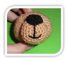 MATERIALES   Lana de diferentes colores     Grosor de la lana: 3-4 mm  Aguja crochet adecuada para el grosor de la lana    Aguja co...