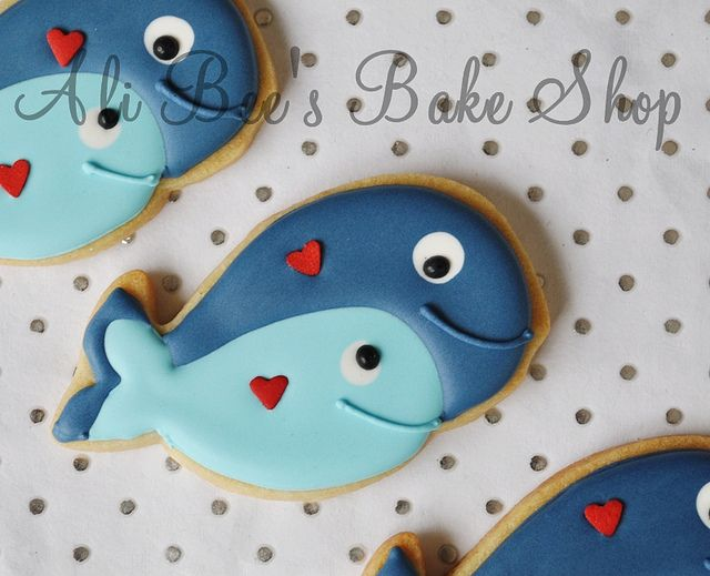 Baby whale - For a baby shower? Or would that be calling a pregnant mother a whale? Cute cookies either way.