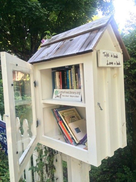 This Little Free Library is in the Cherokee Park Neighborhood in Nashville, but you can find them all around town, too. Thanks to Gloria Ballard and Henry Martin for bringing this LFL to the community!