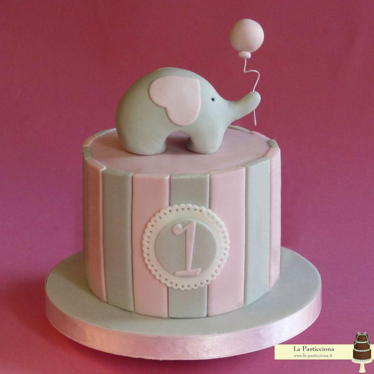 torta romantica per il primo compleanno con elefantino