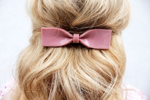 ♥Fashion, Hair Clips, Beautiful, Updo Hairstyles, Pink Bows, Messy Buns, Hair Bows, Bows Clips, Hair Sliding