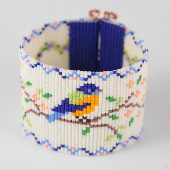 Bluebird de bonheur perle Loom Bracelet bohémien par PuebloAndCo