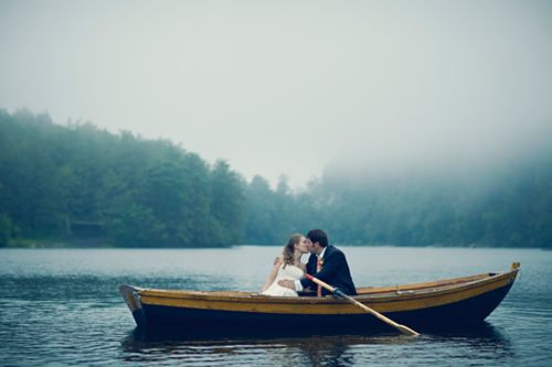 10 reasons to have a small wedding.