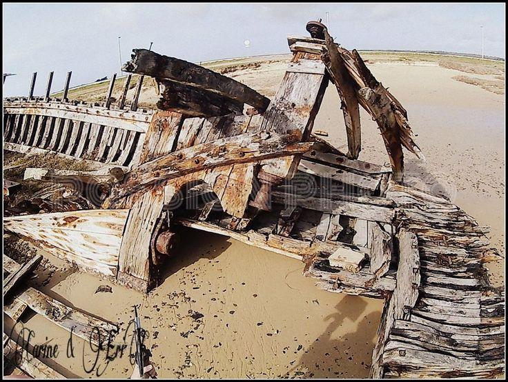 boat....prototype hautdipic villey by ERIC VILLEY-et-Carine...ARTISTE PHOTOGRAPHE