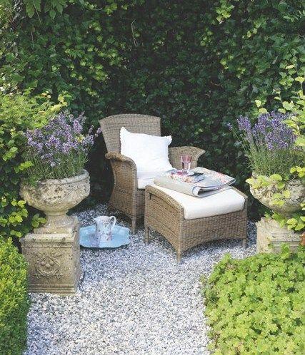 Meer dan 1000 idee n over grind tuin op pinterest grind pad tuinontwerp en voortuinen - Aangelegde tuin met kiezelstenen ...
