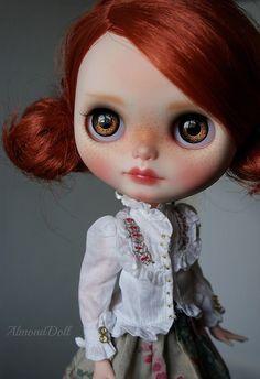Hnědé oči    Floriana    Flickr