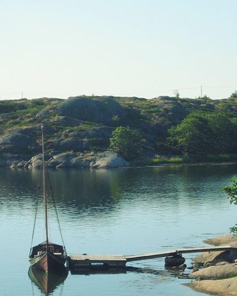 #discoverarchipelago #archipelago #aland #finland #sea #nature #landscape #boat #allmoge #traditional #sailing #slowtravel #day #summer #holiday #travel #wanderlust #backpacking #outdoor #ig_worldclub #natgeotravel #photooftheday