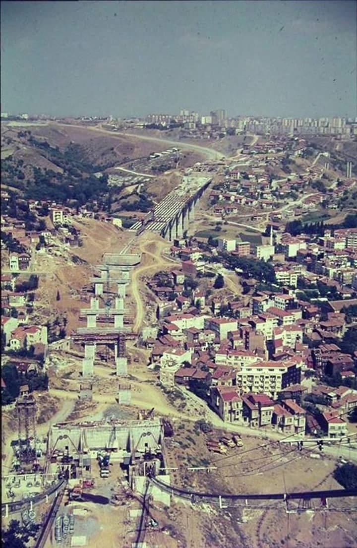 Boğaziçi Köprüsü İnşaatı ve Zincirlikuyu (1970'ler) #İstanbulBeniBırakma #Magma