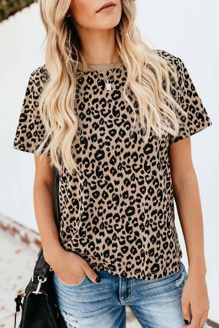 Leopard Print Outfits Timeless Trend Fashionactivation Leopard Print Outfits Cheetah Print Outfits Animal Print T Shirts [ 1104 x 736 Pixel ]