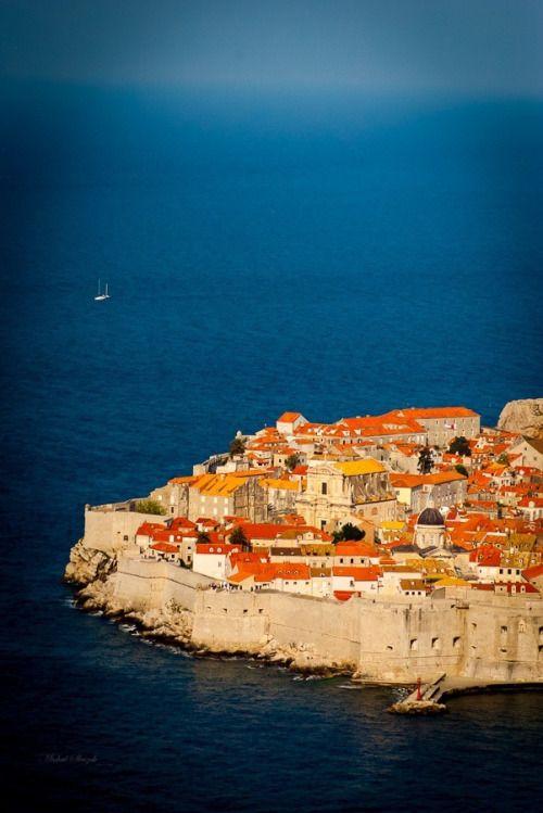 """allthingseurope:  """"Dubrovnik old town, Croatia (by Michal Sleczek)  """""""