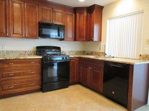 Irvine, CA 92604 (+5 miles) apartments for rent / Featured Rentals