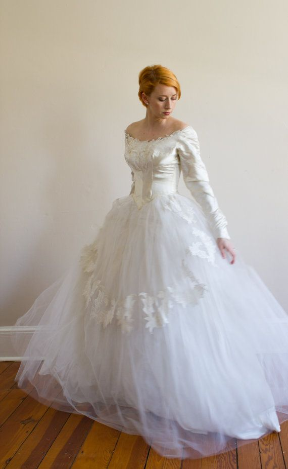 1950's Priscilla of Boston Wedding Gown XS by VivianEliseVintage, $424.00
