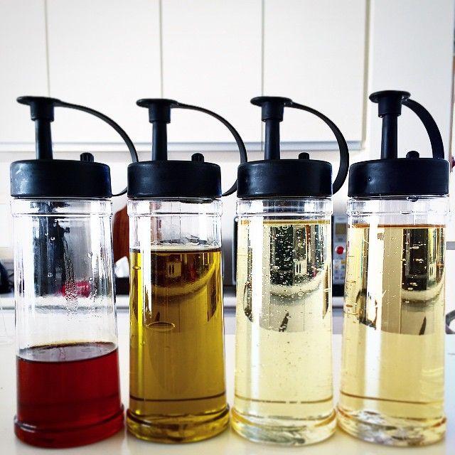 #自己満#オイルボトル#キャンドゥ#良品#キッチン#収納#暇人#胡麻油の量#ほんとはfrancfrancのオイルボトルが欲しい#いつか買ってもらおう。←