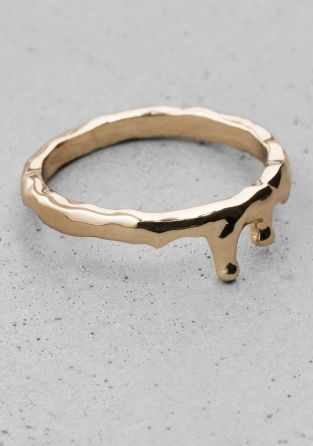 & Other Stories | Wavy Ring | Gold