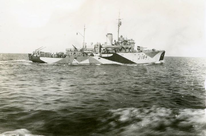 HMAS Ballarat Port Moresby 1942  HMAS Ballarat (J184) named for the city of Ballarat Victoria was one of 60 Bathurst class corvettes constructed during World War II and one of 20 built for the Admiralty but manned by personnel of and commissioned into the Royal Australian Navy (RAN).