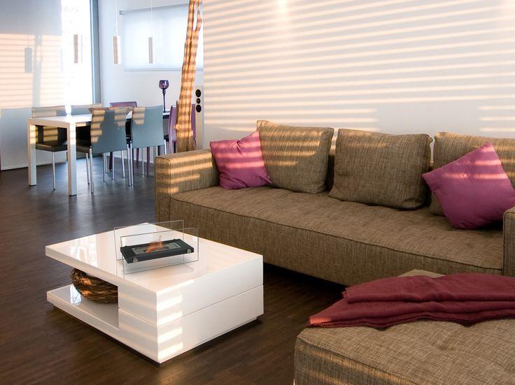 La biochimenea de mesa Oniros es una de las más vendidas de nuestro catálogo. Su tamaño, su elegancia y su precio económico, la convierte en un modelo TOP