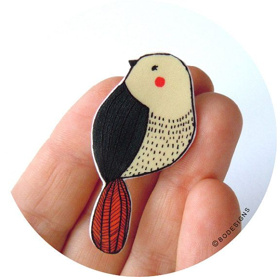 Bird pin  brooch  badge van BodesignsSHOP op Etsy, €12.50