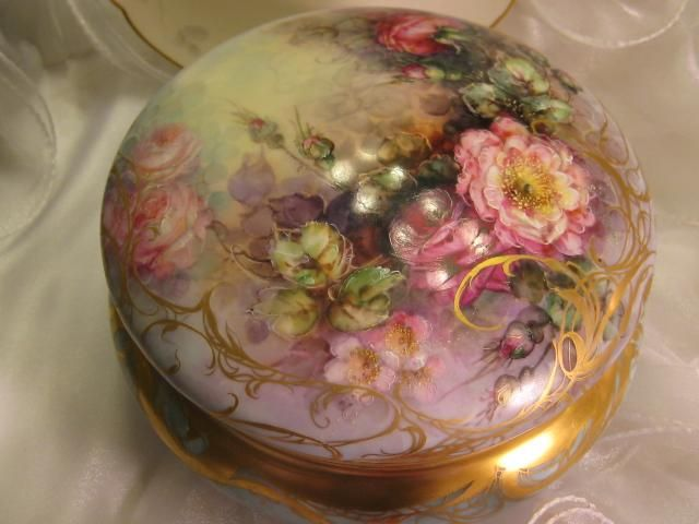 Gorgeous Creme De La Creme Jewel Box Powder Dresser Jar with Breathtaking Hand Painted Roses