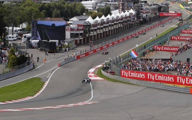 Formule 1: le calendrier 2017 dévoilé, le GP de Belgique se déroulera le 27 août -                  Le Conseil mondial de la Fédération internationale de l'automobile (FIA) a annoncé mercredi que la saison 2017 de Formule 1 comprendra comme cette année 21 courses.  http://si.rosselcdn.net/sites/default/files/imagecache/flowpublish_preset/2016/09/28/1093029334_B979830140Z.1_20160928195543_000_GDT7MRBFJ.2-0.jpg - Par http://www.78682homes.c