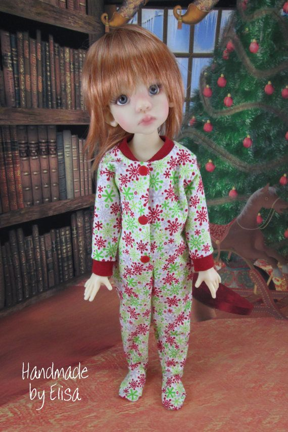 Red Green Winter Snowflakes Christmas Footie Pajamas for Kaye Wiggs' 43cm Talyssa, Essie, Mei Mei, Yani. Fits Connie Lowe Eppie or Marta