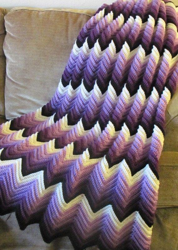 Ganchillo afgano, huertos, un fundido de color púrpura, hecho por encargo...