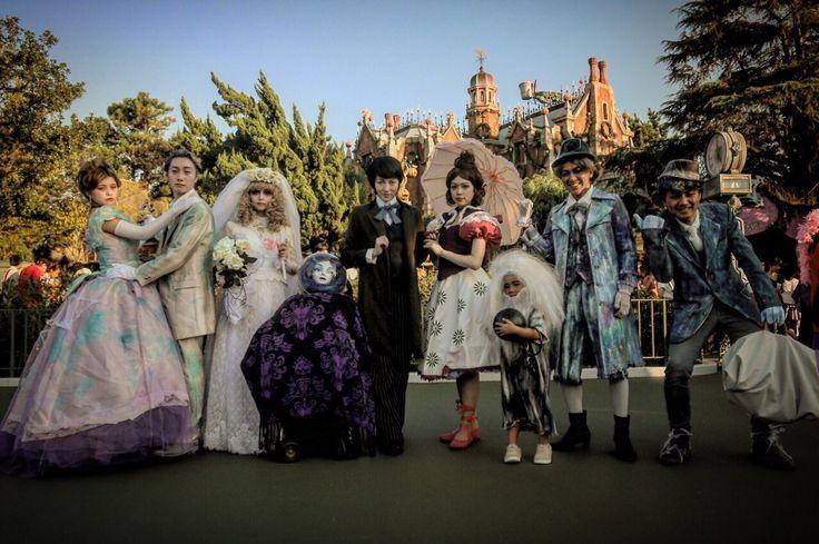 "yukasdisneylife: ""Happy Halloween!! You know you love Haunted Mansion? We…"