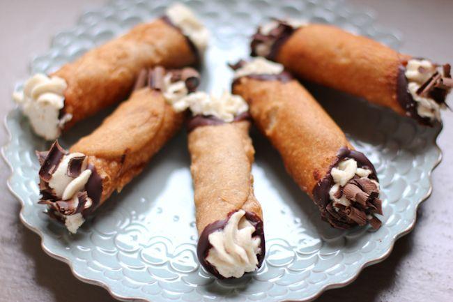 Homemade Cannoli Recipe with Mascarpone Cream Recipe