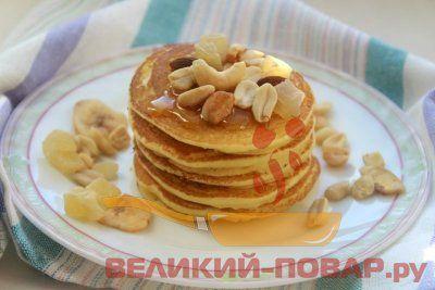 Панкейки из кукурузной муки https://www.great-cook.ru/1067-pankeyki-iz-kukuruznoy-muki.html   Очень часто семья просит меня приготовить на завтрак блины. Я и сама их, признаюсь, люблю всей душой, поэтому с удовольствием пеку не только по выходным, но и в будние дни. Из-за того, что перед работой времени совсем мало, стараюсь готовить по уже проверенным, простым и легким рецептам. И первые в списке у меня так называемые панкейки. Это толстые блинчики, которые популярны на завтрак в Америке…