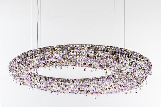Rio by Manooi | Ceiling suspended chandeliers | Architonic #crystalchandelier #lightingdesign #interior #chandelier #coollamps #luxury #Manooi