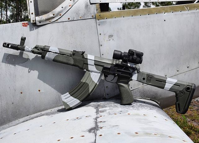 Here's another shot of @rs_regulate's vz. 58 SBR sans suppressor back in March. I'm inching toward something similar to this setup on my own vz. Just need a scope rail and some spray paint. #vz58 #mi58 #camo #762x39 #czechnology #sbr #nfa