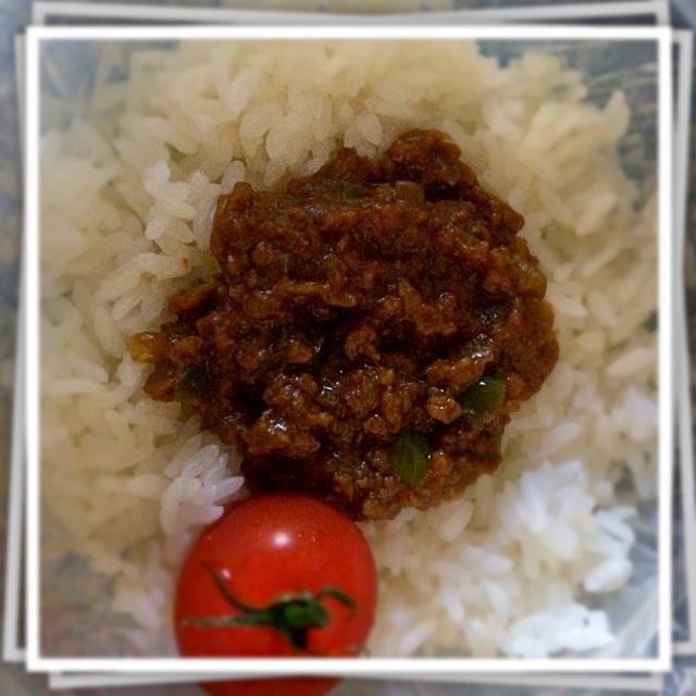 10月28日の高校生の娘たちのお弁当  ・ドライカレー ・プチトマト - 28件のもぐもぐ - 高校生娘たちのお弁当 by nananorimam
