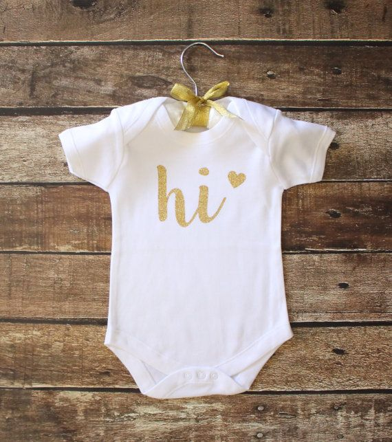 Hallo Baby Onesie  gouden Glitter Baby Onesie baby door GNARLYGRAIL