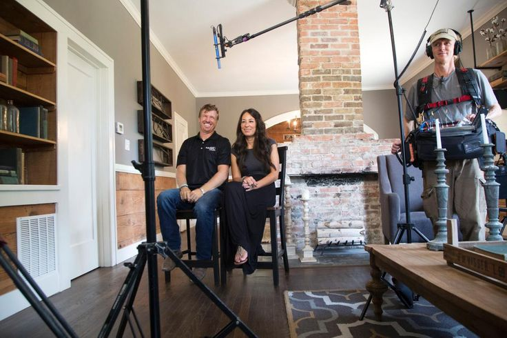 Fixer Upper: A Craftsman Remodel for Coffeehouse Owners | HGTV's Fixer Upper With Chip and Joanna Gaines | HGTV