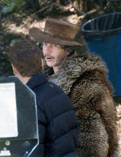 Ben Mendelsohn and Michael Fassbender filming Slow West, Nov 2013