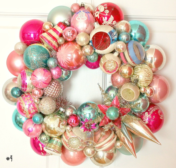 Holiday wreath with vintage ornaments holiday crafts for What to do with old christmas ornaments