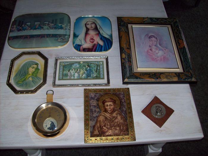 Online veilinghuis Catawiki: kavel van 8 Religieuze afbeeldingen - begin tot midden 20 e eeuw.