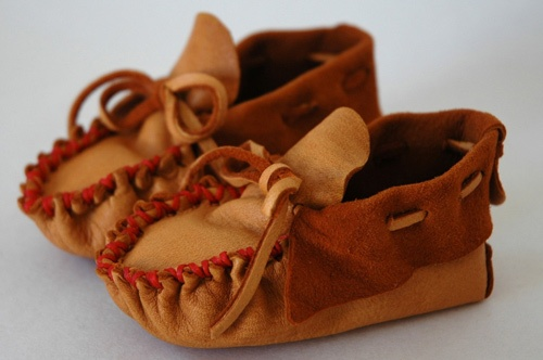 gorgeous handmade children's moccasins: Childrens Moccasins Repin, Babies, Baby Moccasins, Saddle, Childrens Deerskin, As, Deerskin Moccasin, Products