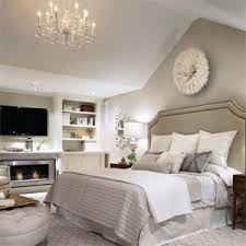 "https://www.google.ca/search?q=""candice olson grey bedroom dyi"""