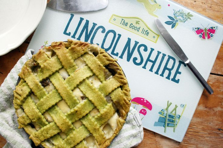 Looking for a perfect pie recipe with a tasty twist? We've teamed up with food blogger Belleau Kitchen who has created a Tenderstem® and mushroom pie, a dish that includes a Lincolnshire poacher, one of the region's most popular cheeses.