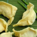 Dessert chinois  dessert chinois au maïs - flan chinois à l'amande amère - beignets au sésame - gâteau de Lune - boules coco - poires au miel
