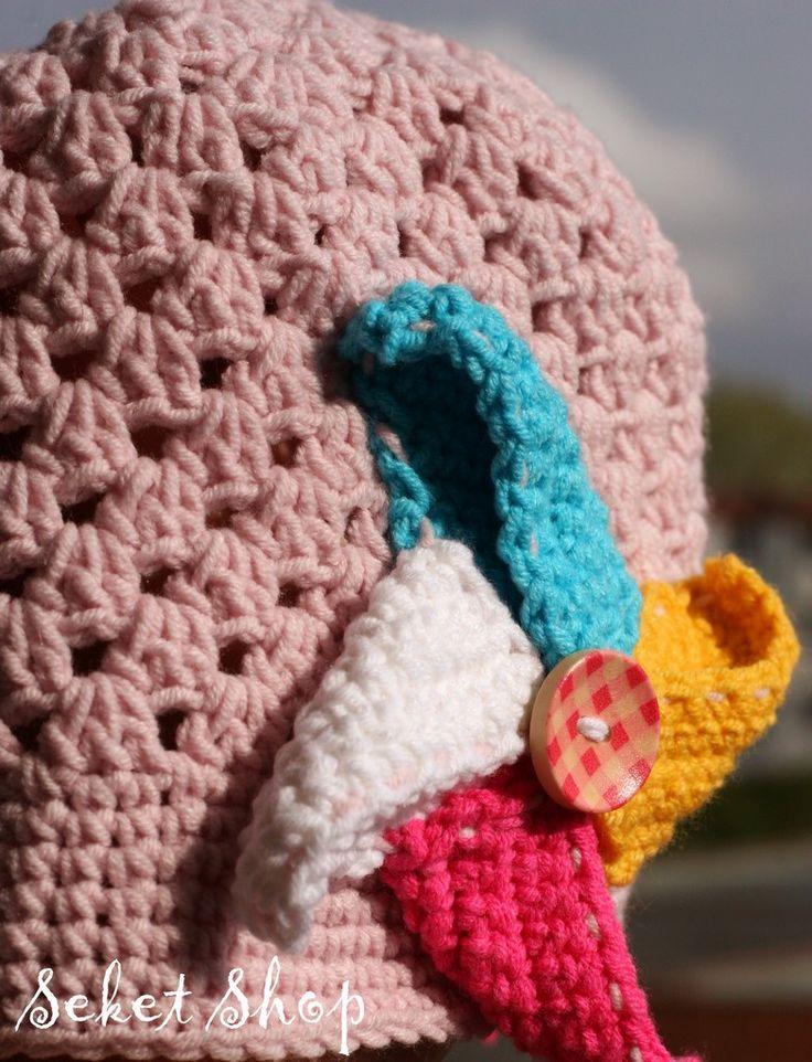 Little crochet windmill hat.