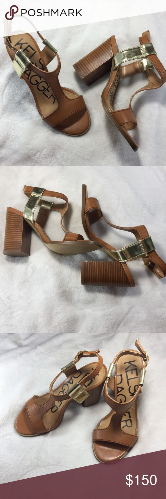 {Kelsi Dagger} Nude heels with gold accents. {Kelsi Dagger} Nude heels with gold accents. Sz 6. Pristine condition. Only tried on. Never worn outside. Like brand new. Kelsi Dagger Shoes Sandals