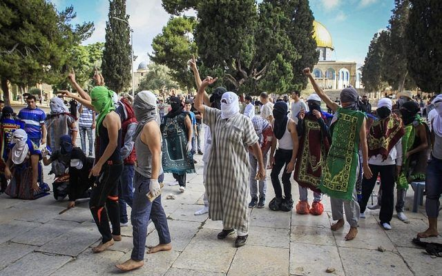 POR: Goal Los servicios de seguridad de Israel continuaron sus operaciones para detener a los agitadores musulmanes y mantener la paz en Jerusalén. Varios miembros de alto rango del Movimiento Islá…